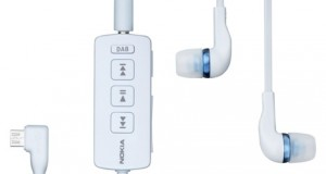 Nokia a annoncé le lancement d'écouteurs pouvant capter la radio digitale : Nokia Digital Radio Headset DAB. Les avantages de ses écouteurs par rapport à des écouteurs classiques sont une réception plus claire, moins d'interférence et un son de meilleur qualité. Les smartphones compatibles sont les N8, C7, E7 et C6-01 et leurs compagnons tournant sous Symbian^3 qui offre la fonction USB On-The-Go. L'accessoire pèse 30 grammes pour une taille […]