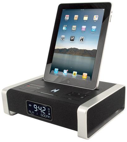 iHome nous présente l'une des première station d'accueil enceintes pour Ipad. Cette station, en plus des classique radio FM, réveil, se compose d'un processeur Bongiovi, de la technologie DPS, du bluethooth et d'une compatibilité Iphone/Ipod via un connecteur dock. Le tout pour la modique somme de 199$. A lire aussi :iMainGo X Enceintes portables en […]