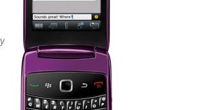 Les opérateurs américains RIM et Sprint vont mettre officiellement en vente le blackberry Style le 31 octobre. Ce smartphone tourne sous le tout nouveau Blackberry OS6, possède une caméra de 6 mégapixels, deux écrans hautes résolutions (externes et internes). Le GPS et le Wifi sont intégrés ainsi qu'un port SDHC. Disponible pour 100$ avec abonnement. Malheureusement, aucune date de sortie en Europe.