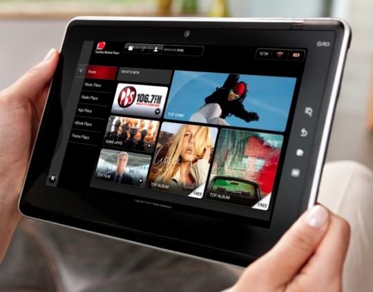 Selon le site Digitimes lors du CES qui aura lieu du 6 au 9 janvier 2011 à Las Vegas,Toshibadevrait annoncer la sortie de 3 tablettes. Ces tablettes disposeront d'un écran allant de 7″ à 11.6″ tournant sur Windows 7, Android et également Chrome OS.