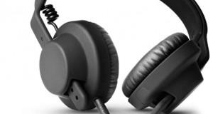 Introduction : TMA-1, AiAiAi ? C'est quoi ? C'est qui ? Le TMA-1 est le premier casque fermé de AiAiAi : une marque danoise toute jeune qui débute dans le domaine de l'audio. Sous un aspect minimaliste et sobre le TMA-1 a bénéficié d'une conception sans concession dans le but d'obtenir le casque ultime destiné aux DJ, mais aussi clairement orienté audio nomade. Vous voulez savoir si ce casque nordique […]