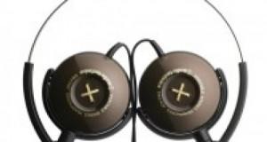 3 Modèles de casques pour ce soir : ATH-FW3 Button, un casque réédité avec d'autres coloris, l' ATH CF500 key et finalement l'ATH CKF300 Bloom. Il s'agit donc d'un casque et de 2 paires d'écouteurs. Le FW3 Button se caractérise par un design assez original prenant réellement la forme d'un boutton (de vêtement, hein, pas autre chose) en 4 coloris: blanc, noir, métallique et marron, et rose. Il se destine […]