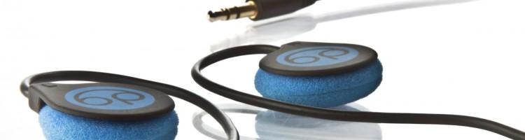 Ce n'est désormais plus le cas ! Conçus pour l'écoute de musique afin de favoriser le départ au pays des rêves, les bedphones sont des écouteurs plats au format tour d'oreilles. On notera d'ailleurs le cable à mémoire de forme permettant d'éviter les problèmes d'écouteurs qui tombent, et le packaging contenant un masque et une […]