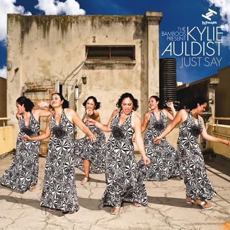 Depuis l' avènement de la Nu Soul, peu de chanteuses avaient si bien incarnés le style comme peut le faire Kylie Auldist,
