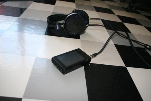 Combo iBasso DX100 - HiFiMAN HE-400 - vue 3