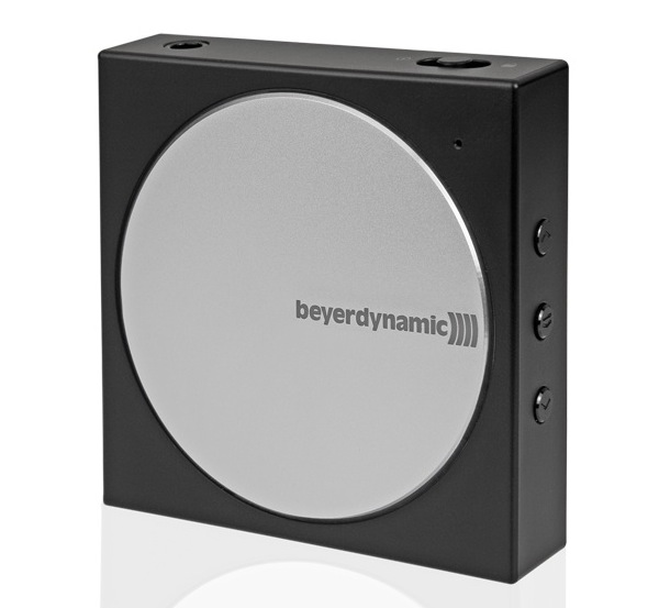 Beyerdynamic_headphone_mini_amplifier_A200p