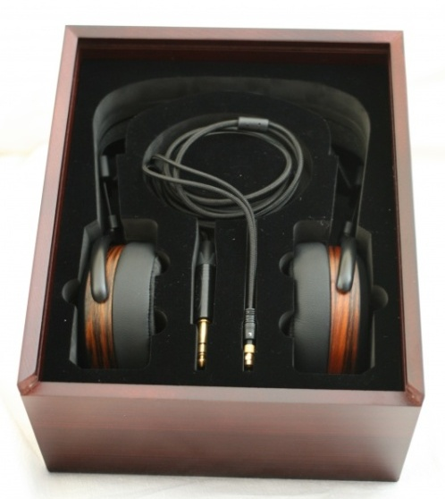 Intérieur packaging Hifiman HE-560
