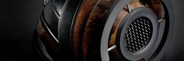 Au menu de cette semaine Tellementnomade vous propose une dose d'atypique avec le Nighthawk chez Audioquest et le Curve chez Alclair. C'est «révolutionnaire» et c'est beau, profitez-en bien !  Audioquest Nighthawk   Audioquest est un acteur particulièrement connu et reconnu surle marché du câble audio. Le constructeur s'aventure hors de son périmètre d'expertise […]