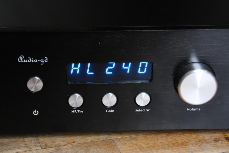 HE9 -  afficheur et controles