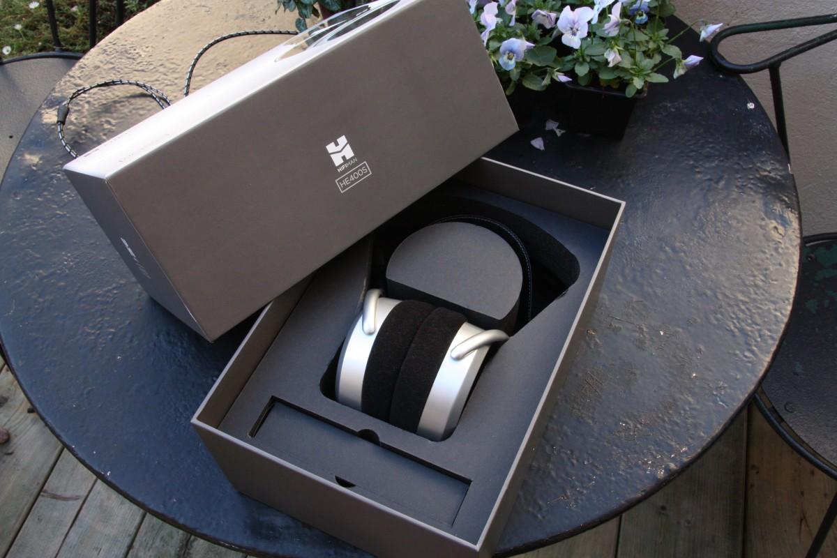 HE400s - box ouverte